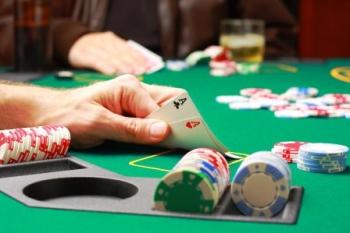 Все российские казино теперь обязаны стать членами СРО