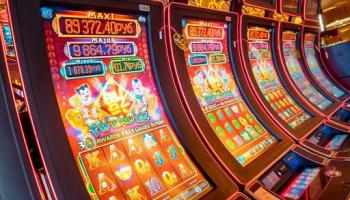 Казино бесплатно игровые слоты азия голд казино капчагай